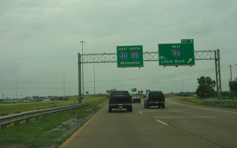 Interstate 55 in arkansas i 55 meets i 40 in west memphis including a short duplex segment photo taken june 29 2004 publicscrutiny Images