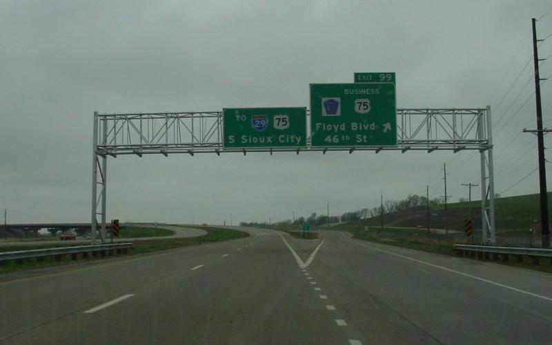 Highway 75 in iowa
