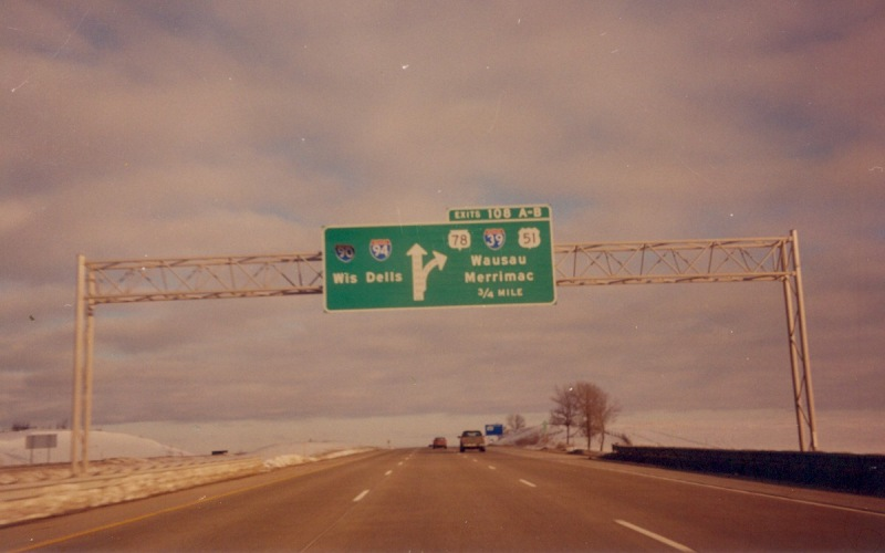 where I-39 splits off from I 39